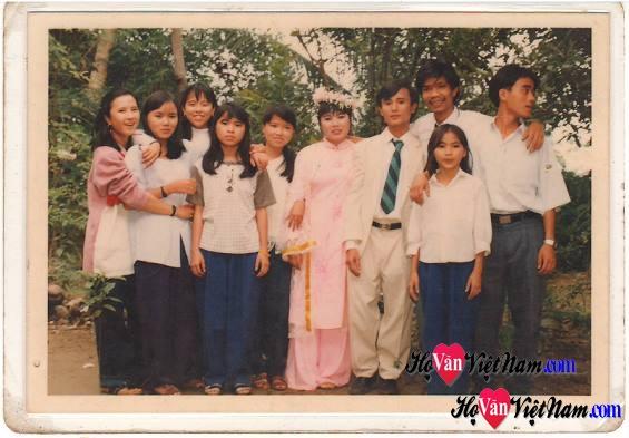 Anh em Văn Quý Minh Tuấn_hình chụp 22 năm trước.
